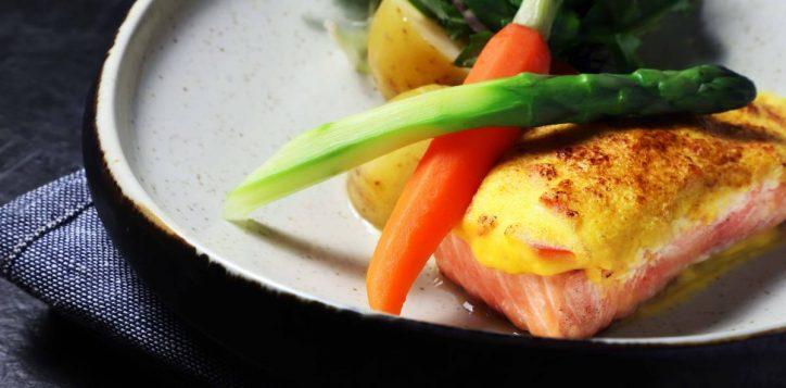 oven-seared-scottish-salmon-with-mousseline-sauce_lo-2