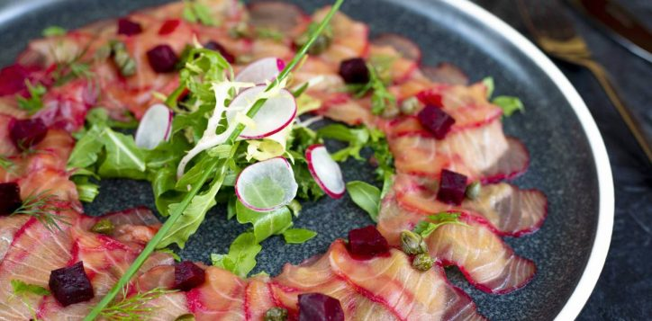 beetroot-flavored-scottish-salmon-carpaccio-2